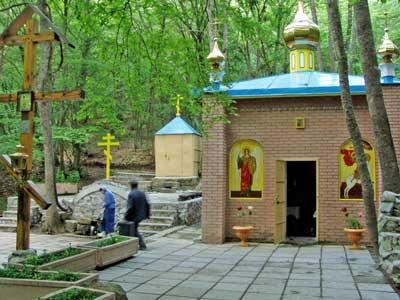 Юго-Восточный Крым: http://palomnik-krim.narod.ru/o_pilgrimage07.htm